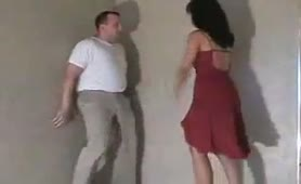 Ballbusting in red