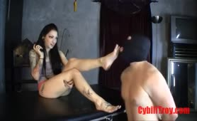 Cybill Troy dirty feet cleaned