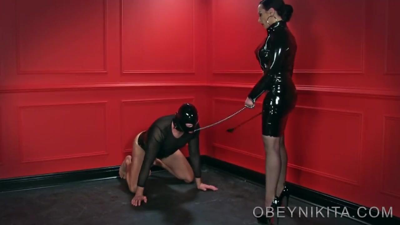 Amuse Avec Esclave