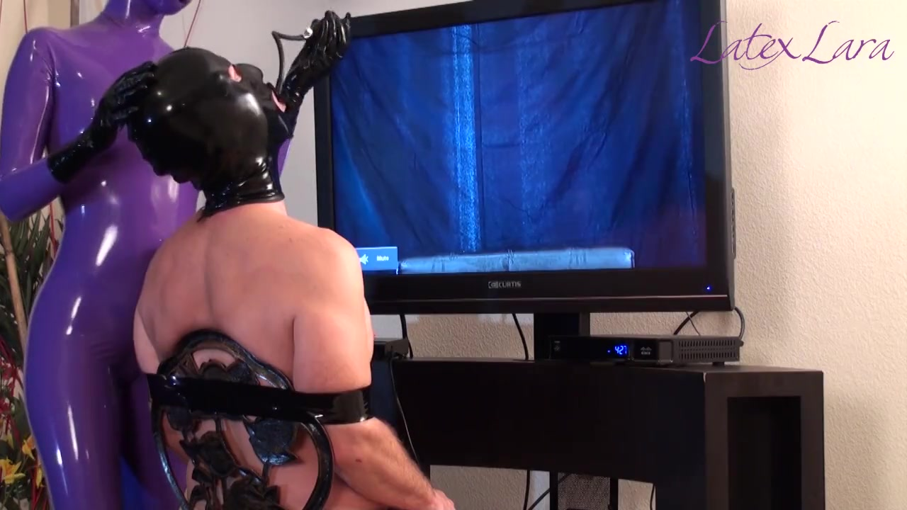 Rubber Domme's Tease