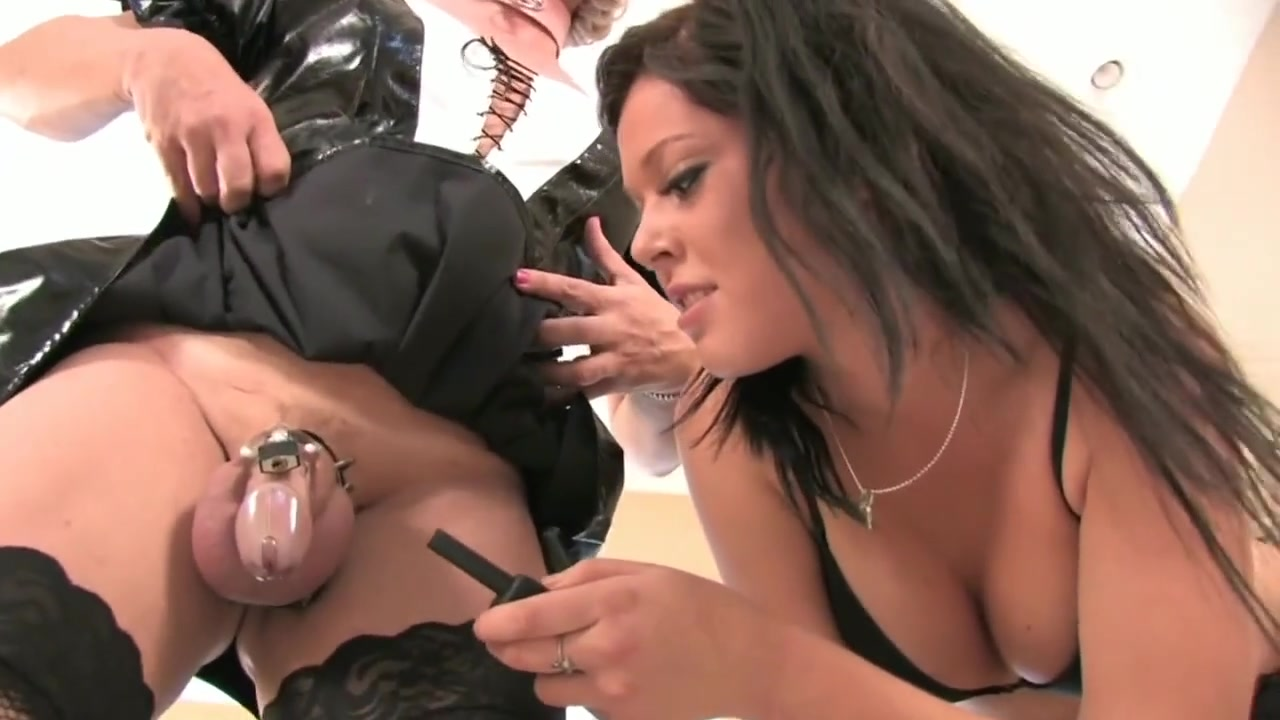 Strapon for Sissy bitch