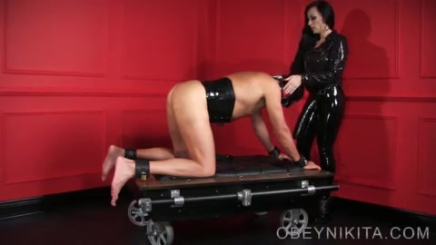 Pegged on a Leash