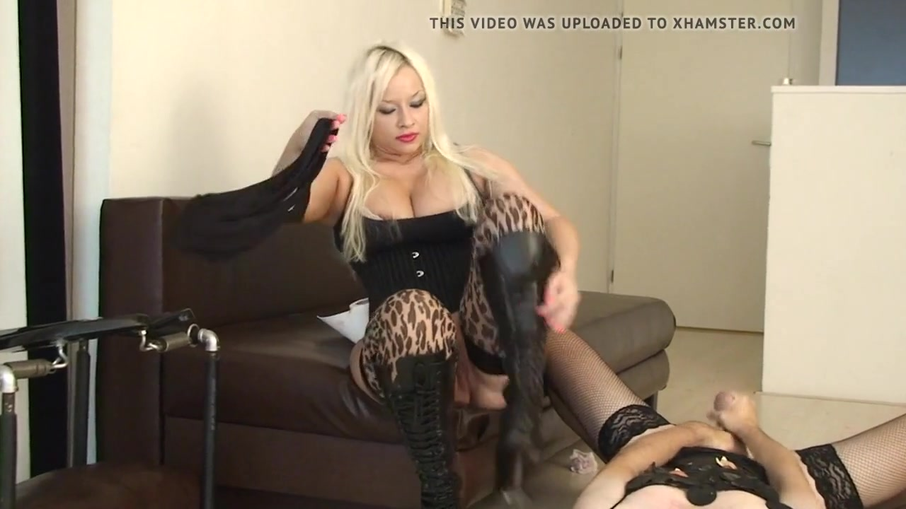 Pissing Dominant Mistress Ingrid