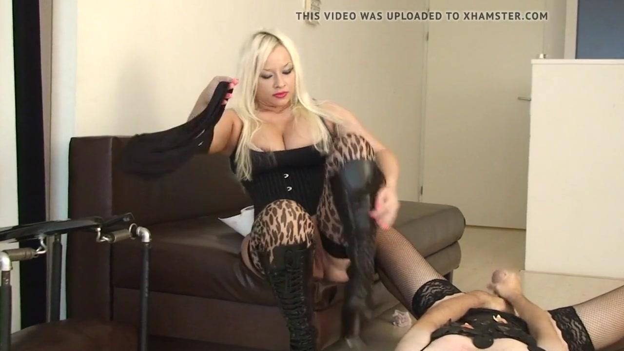 Pissing Dominant Mistress Ingrid