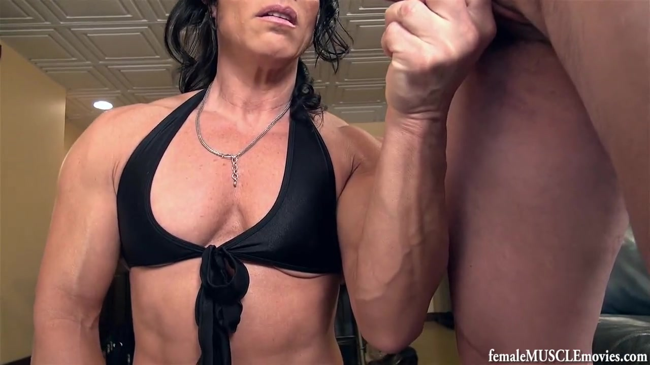 Muscle lady Grabbing some Balls - CBT