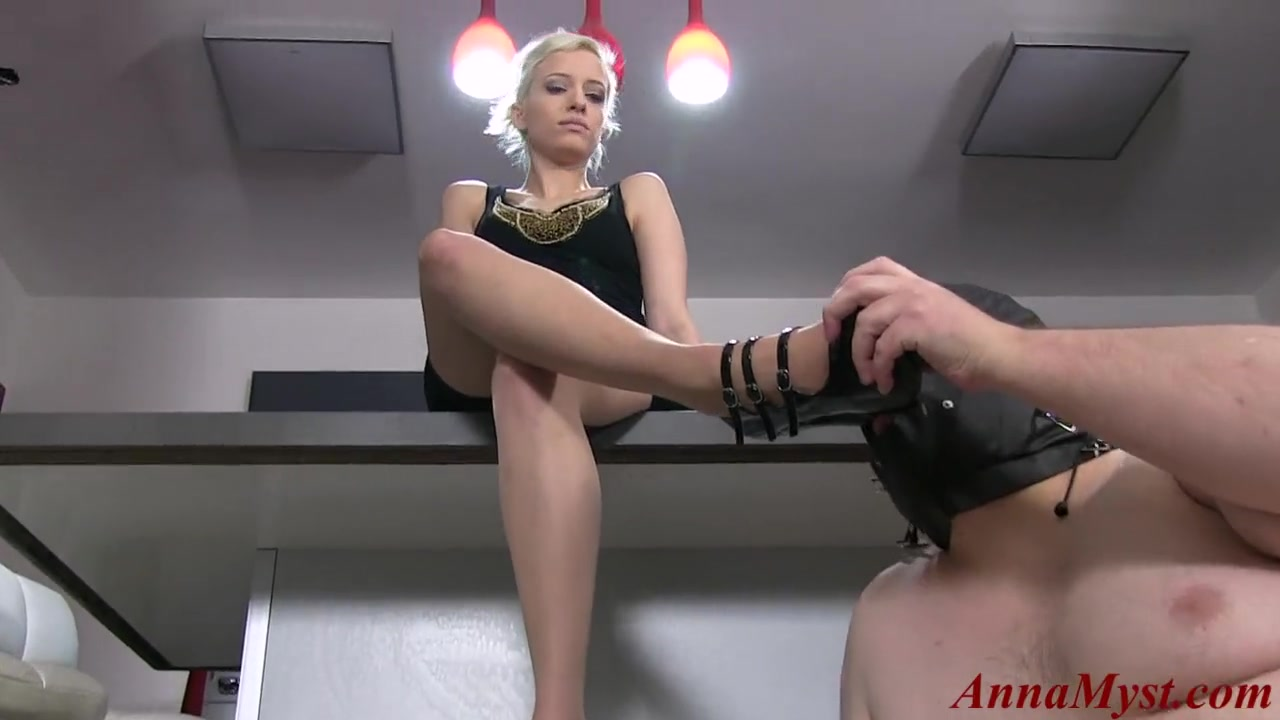 mistress Anna Myst delivering CBT