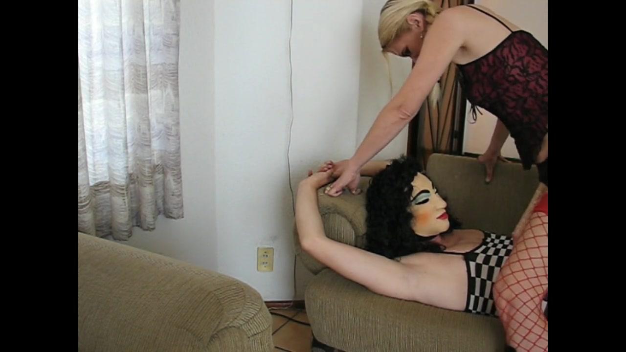 Sadobitch - Practice Deep oral sex