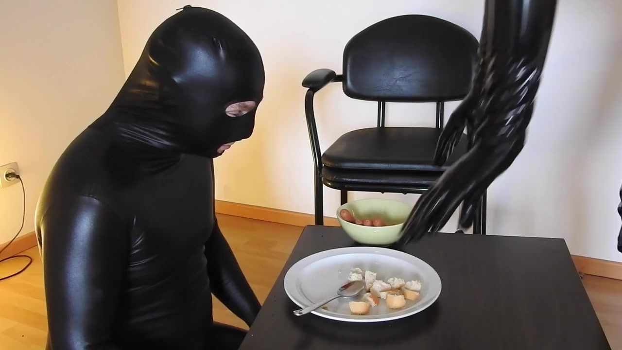 Disgusting Lunch for Male Slave