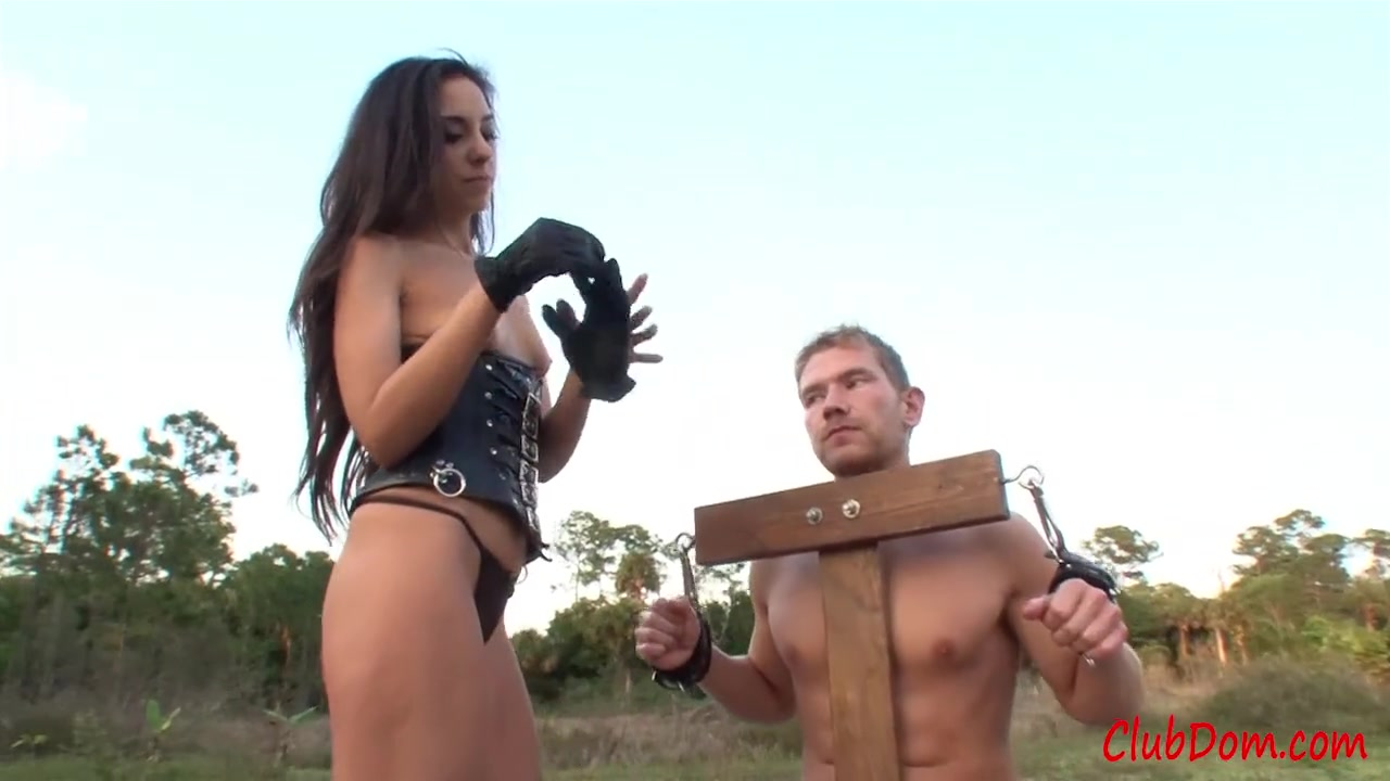 Outdoors Edging Milking