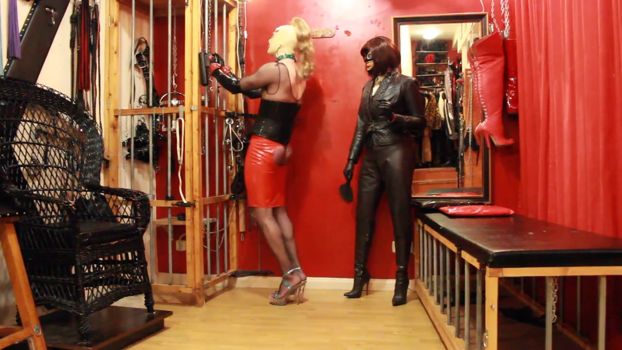 Training the sissy slut in dungeon