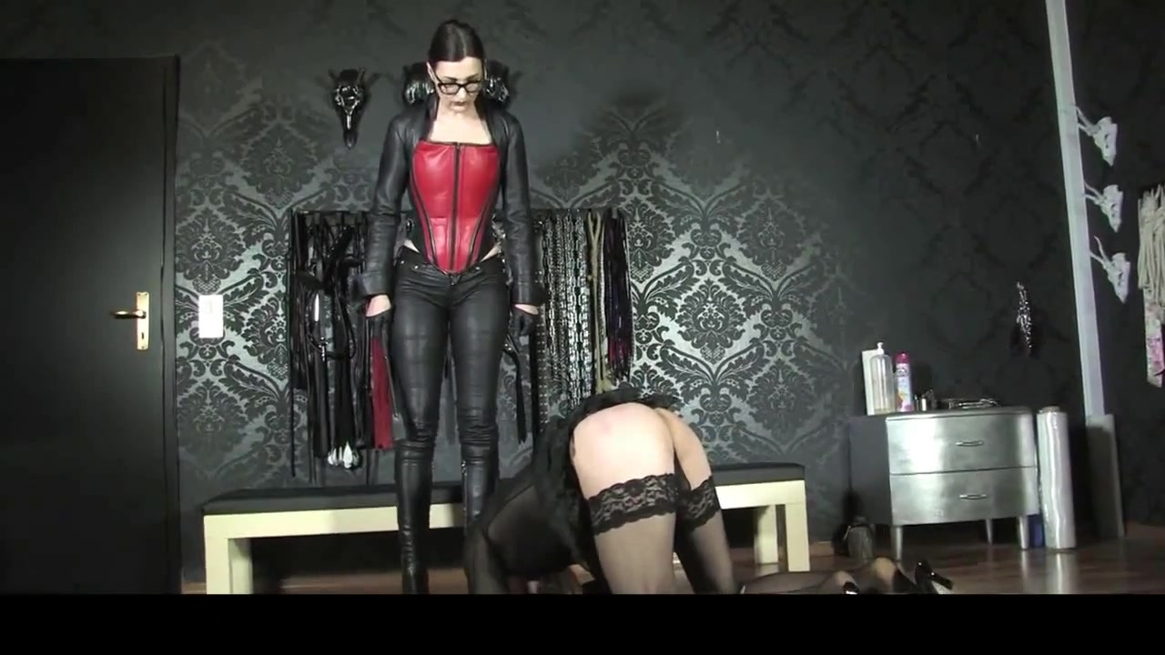 Mistress Trains Her Sissy Slave