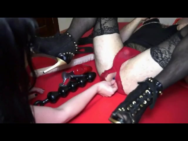 Mistress, Crossdresser and Fisting